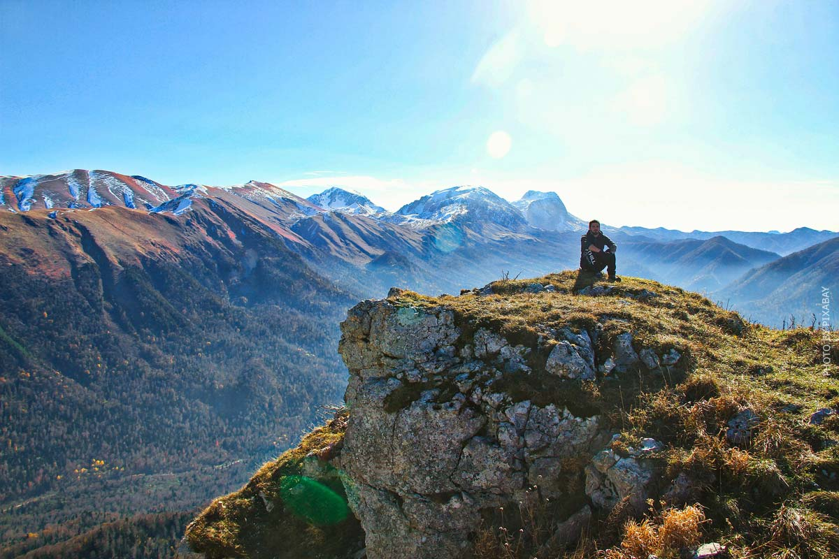 Rooftop tent lifestyle: family friendly, benefits & alternative to camper van?! - 5 travel stories